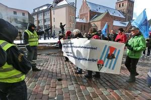 lettland_Polizei-weist-den-Weg...
